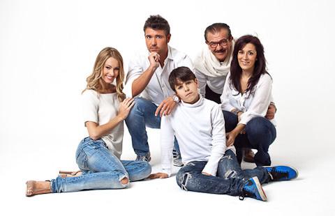 Foto di famiglia gruppo misto
