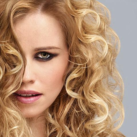Fotografie di Beauty, Foto per Hairstyles e Moda Capelli